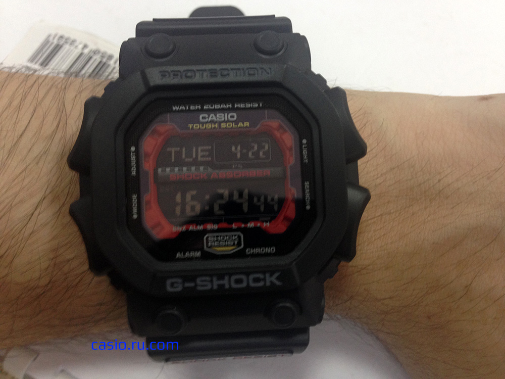 Casio G-Shock GX-56-1A — Вид на руке